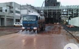 Caminhão pipa de lavação de rua, patios e galpões